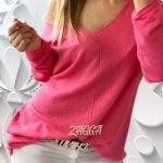 sweter arona rózowy v-dekolt luźny krój