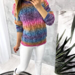 sweter COLOURS