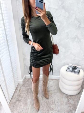 dopasowana welurowa sukienka khaki