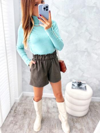 dopasowana sweterek z golfem mięta